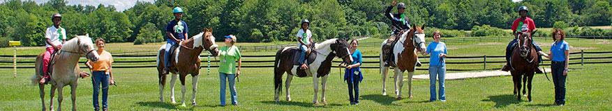 Fieldstone Farm volunteers